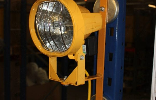500w/110v Floodlight c/w Magnetic Bracket